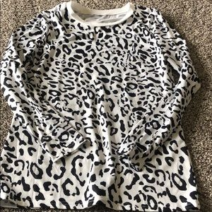 Tops - Leopard print long sleeve shirt size small